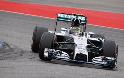 Rosberg se adelanta a Hamilton en la apertura de Sochi