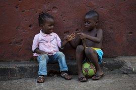 El estigma de los 'niños ébola'