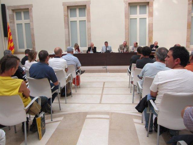 La comisión de control de la ILP nombra a los fedatarios para una ley educativa