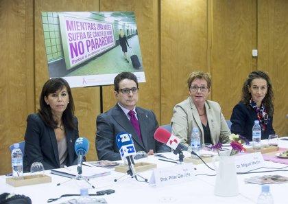 Fecma reivindica que se invierta más en investigación sobre el cáncer de mama y se acelere el acceso a la innovación