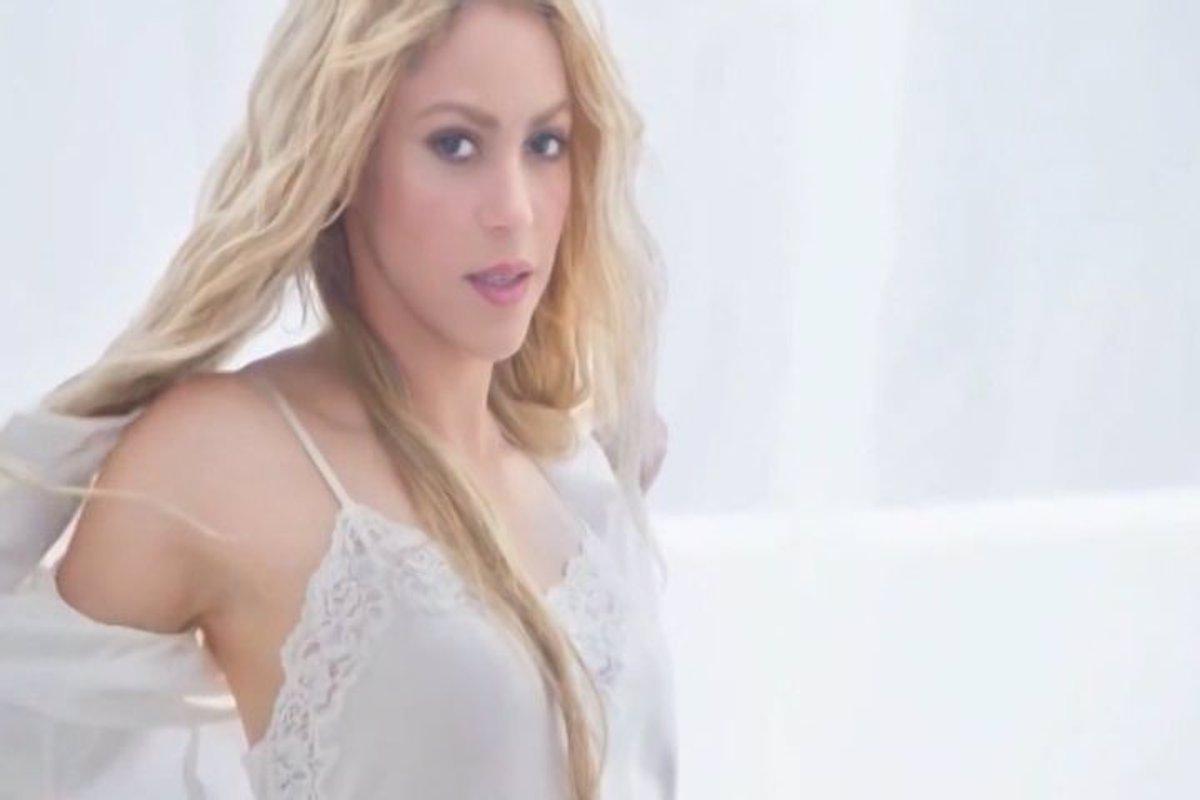 De Lo Más Sexy Shakira Se Desnuda