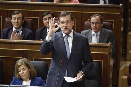 """Rajoy asegura que el problema """"está encauzado"""" y reprocha al PSOE que haya sido """"incapaz"""" de aportar ideas"""