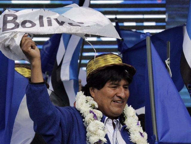 Hacjer difunde muerte de Evo Morales
