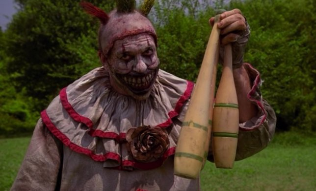 Payasos profesionales, contra American Horror Story: Freak Show