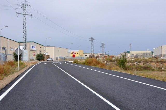 La vía mejora los accesos al polígono de Valdeferrín, en Ejea