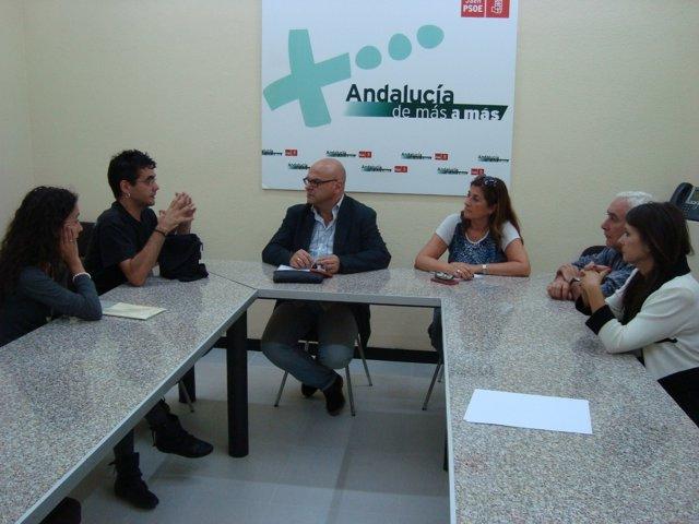 Reunión del PSOE de Jaén con afectados por un fraude laboral