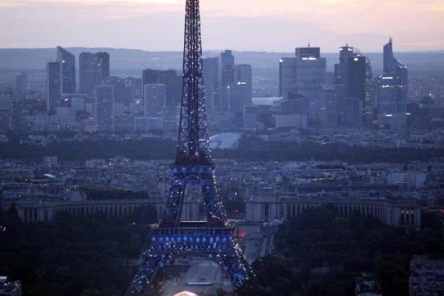 Francia estudia un posible caso de ébola