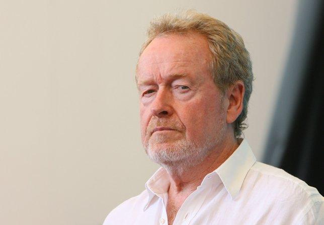 Ridley Scott desarrolla una serie sobre los orígenes del Ébola