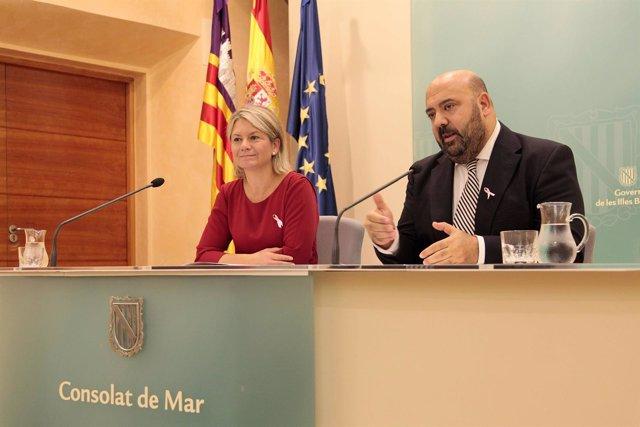 Martínez y Riera