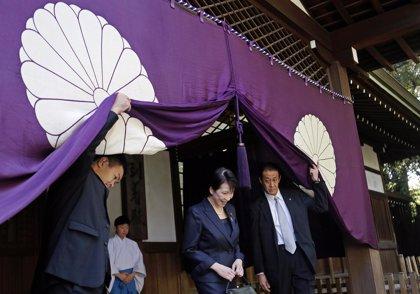 Una ministra japonesa visita el santuario de Yasukuni un día después de las críticas del Gobierno chino