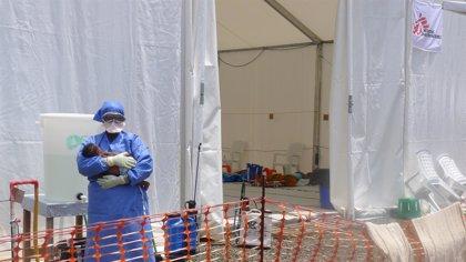 Los supervivientes del ébola encuentran una nueva razón para vivir: ayudar a los enfermos