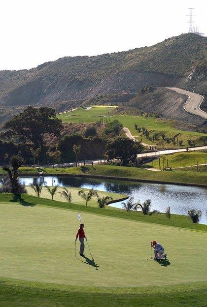 El club de golf Villa Padierna promociona en Alemania el Triángulo de Oro como destino de lujo