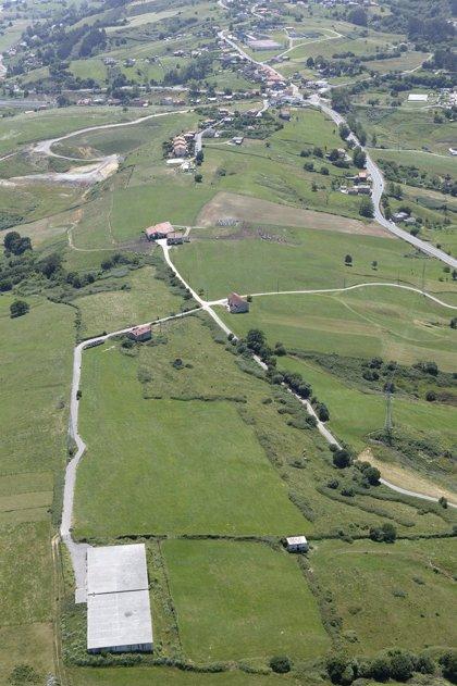 Once ofertas optan a conectar la Autovía del Agua con el depósito de Camargo