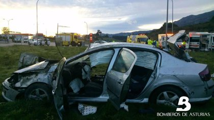 Fallece una mujer en un accidente en la A-8 a su paso por Colunga