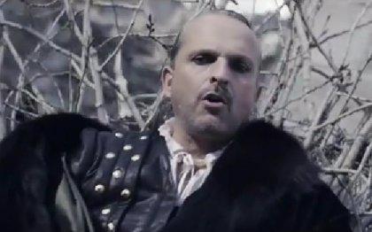 Miguel Bosé presenta videoclip para 'Encanto'