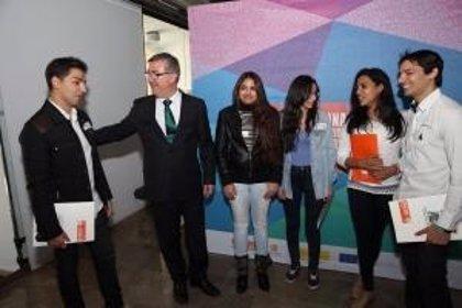 Un 64% de alumnos gitanos en Secundaria sufre abandono escolar