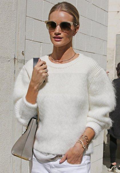 Rosie Huntington-Whiteley, look sencillo con complementos 'luxury'