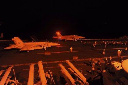 El Ejército de EEUU informa de 25 bombardeos en Irak y Siria contra posiciones de EI