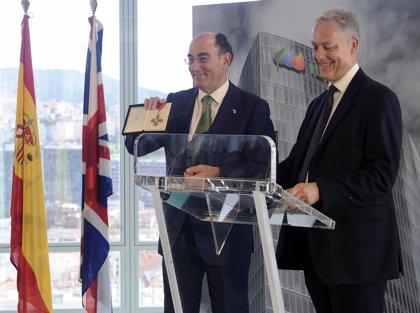 El presidente de Iberdrola, nombrado Comendador Honorario de la Orden del Imperio Británico