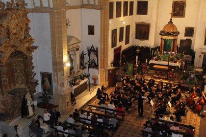 La OCG ofrece un concierto en Íllora a beneficio de la rehabilitación de su iglesia, patrocinado por Diputación