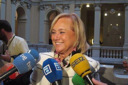 """Mercedes Fernández felicita a Medina por su """"victoria limpia"""" en el congreso"""