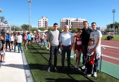 Del Río subraya la importancia de fomentar el atletismo entre niños y jóvenes por sus beneficios físicos y psicológicos