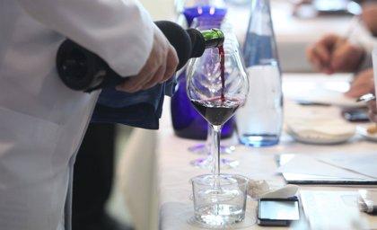 La Generalitat ofrece el primer curso de especialista en vinos alicantinos