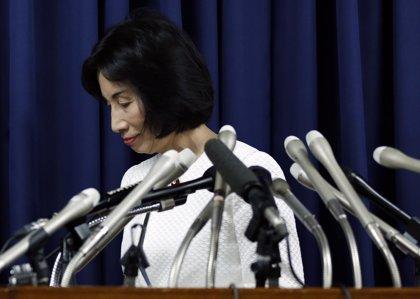 Dimite la ministra de Justicia horas después que lo hiciera la ministra de Economía, Comercio e Industria
