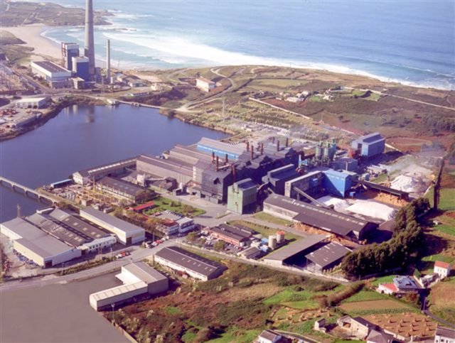 Fábrica de FerroAtlántica (grupo Villar Mir)