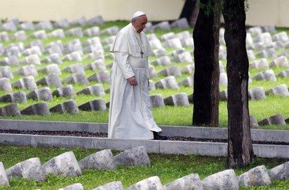 """El Papa denuncia """"la indiferencia de tantos"""" ante el terrorismo contra los cristianos en Irak y Siria"""