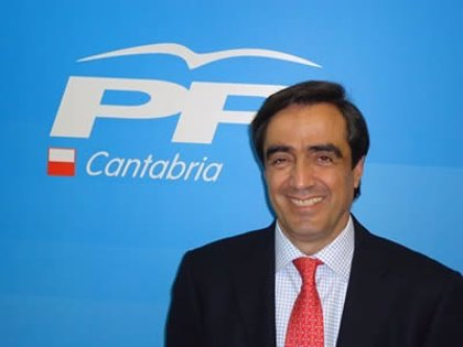 Calderón pide la dimisión de la alcaldesa tras su derrota en las primarias