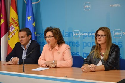 """Riolobos señala que el PSOE """"es maestro de la mentira"""" e indica que su código ético """"es papel mojado"""""""