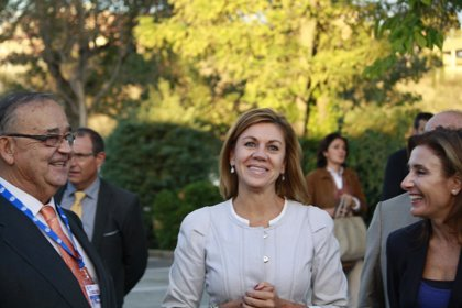 """Cospedal dice que encuentra """"más demagogia, populismo y contradicción"""" cuanto más escucha a Podemos"""