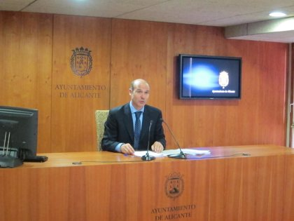 El equipo de Gobierno de Alicante no aborda la situación de Castedo tras confirmar Fabra que no repetirá como candidata