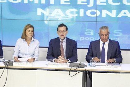 """Rajoy insiste en que las previsiones económicas son """"buenas"""" y es momento de dar la """"enhorabuena"""" a los españoles"""