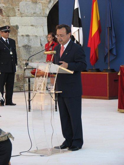 Vivas anuncia una planta desalinizadora y el saneamiento de la barriada del Príncipe en Ceuta