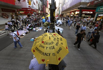 El Tribunal Supremo de Hong Kong ordena a los manifestantes abandonar Mong Kok y Admiralty