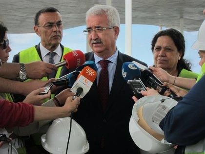 La Junta se reunirá con Morenés para conocer los acuerdos sobre el uso de las bases