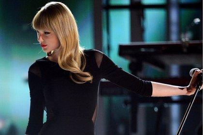 Taylor Swift, número 1 en Canadá con 8 segundos de ruido blanco