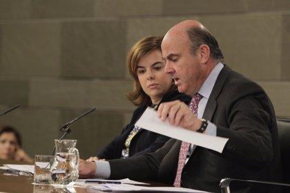 """Guindos: """"La economía española crece a una velocidad de crucero"""""""