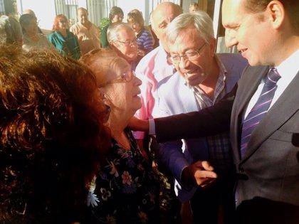 Carrón visita las obras de mejora acometidas en el Centro de Día 'Virgen de Fátima' en Peraleda del Zaucejo