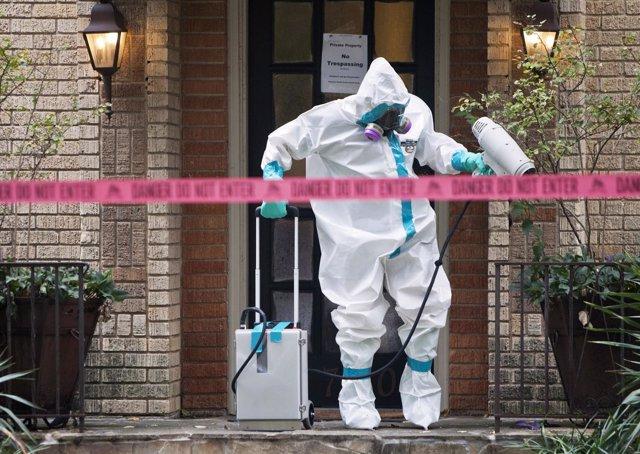 Tareas de desinfección de ébola en EEUU