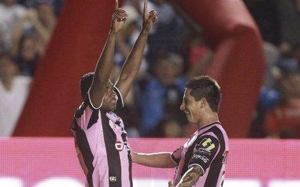 Querétaro salva con un gol el último minuto el encuentro con América
