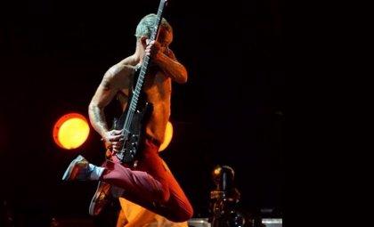 """El nuevo disco de Red Hot Chili Peppers será """"súper bailable"""""""
