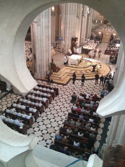 """Cardenales y obispos, """"satisfechos"""" de poder acompañar a Carlos Osoro en la toma de posesión"""