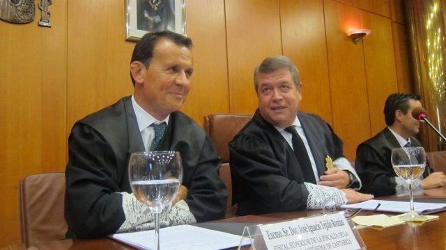 El fiscal superior (a la izquierda) con el presidente del TSJC