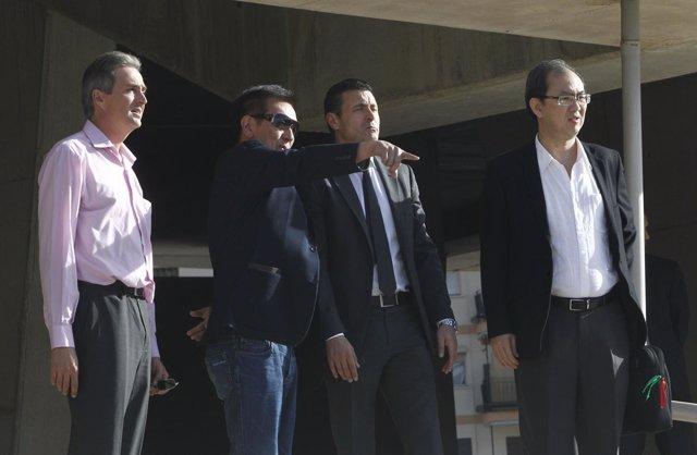 Peter Lim visita Nuevo Mestalla Valencia