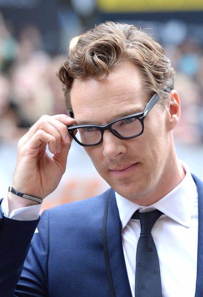 VÍDEO: Benedict Cumberbatch imita los andares de Beyoncé