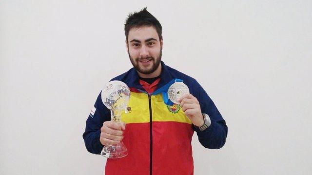 Pablo Carrera tiro olímpico plata 10 metros pistola aire Copa Mundo Azerbaiyán