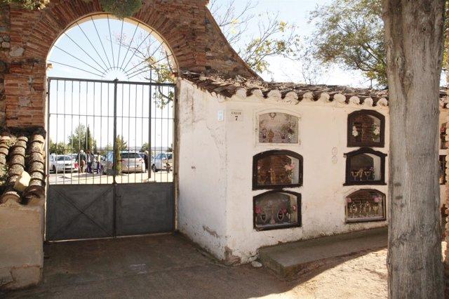 Puerta del Cementerio de Tarazona (Zaragoza)